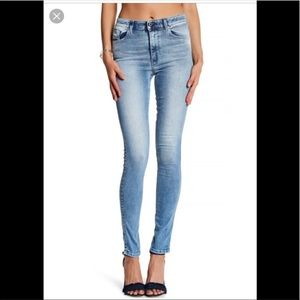 "Diesel High Waist ""Skinzee"" Skinny Jeans Sz 26 EUC"